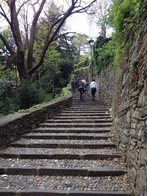 visiting_bergamo_stone_stairs
