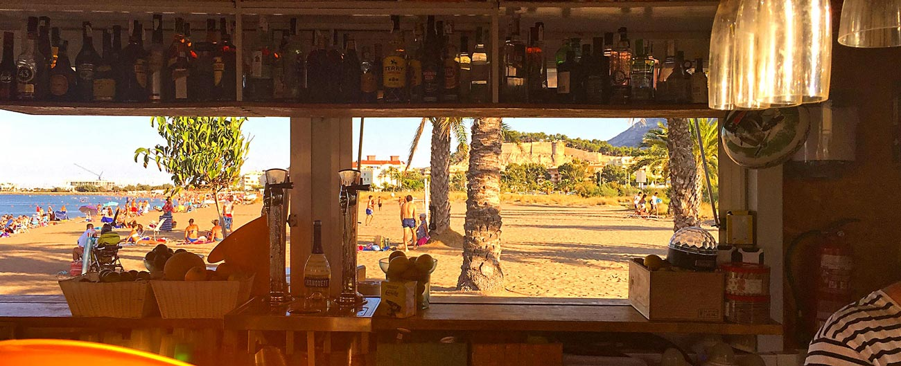Our beloved Chiringuito Mojito, with one of the best views on our beach!