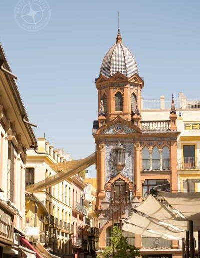 visit_Seville_awning_street_view