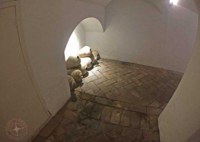 visit_Seville_hotel_tunnels_2